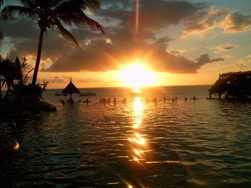 coucher de soleil dans les îles trop bien !