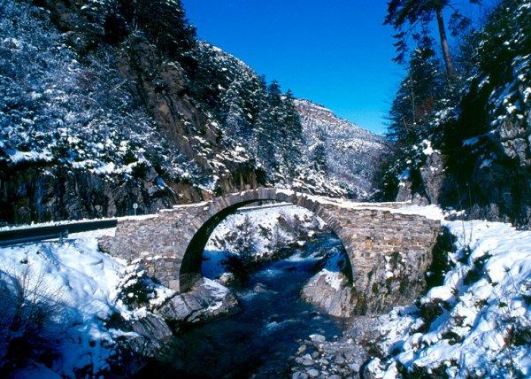 tres beau paysage de montagne