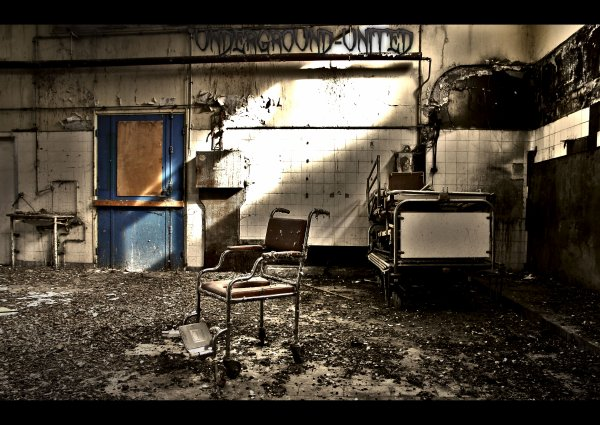 Hospital La suite - URBAN EXPLORATION - Underground-United 2011