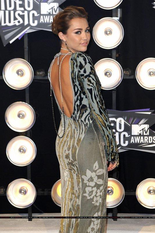 28.08.11 MTV Video Music Awards