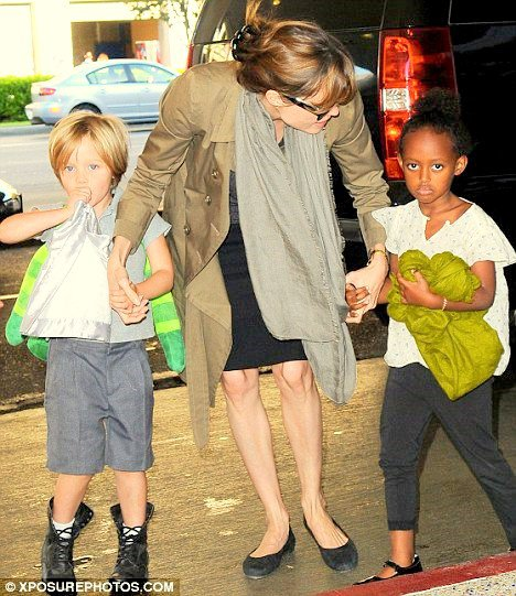 14.09.10 Angie, Zee & Shi  au départ de LAX