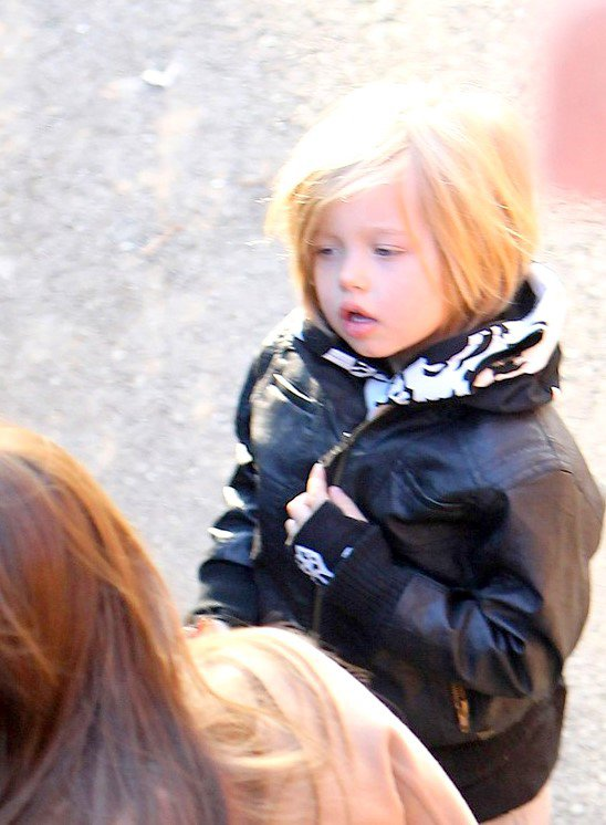 30 Novembre 2010 Angelina a emmené Pax, Zahara & Shiloh à l'aquarium de Paris