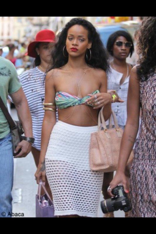 Le look de Rihanna
