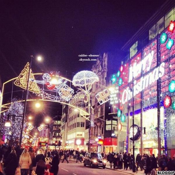 30-11-2012 - El' a posté sur Istagram pour nos beaux yeux une photo de Londres éclairer par les lumières de noël.
