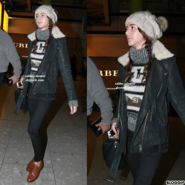 le 21 Décembre 2012 || voici des nouvelle photo de eleanor et louis ont été aperçus à l'aéroport Heathrow à Londres.