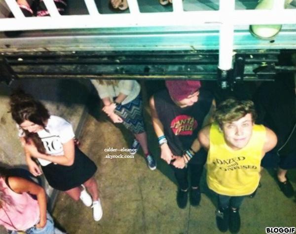 le 30 juillet 2013 - Eleanor lou gemma et 5sos au concert des boys
