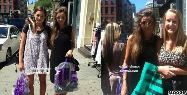 le 24 aout 2013 - eleanor avec une ami sont était veut faire du shopping et posant avec une fan a new york