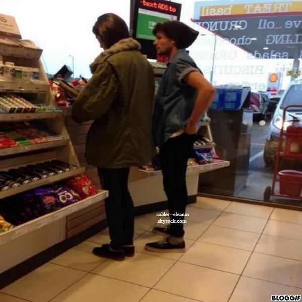 le 11 novembre 2013 - eleanor et louis à une station service à Londres