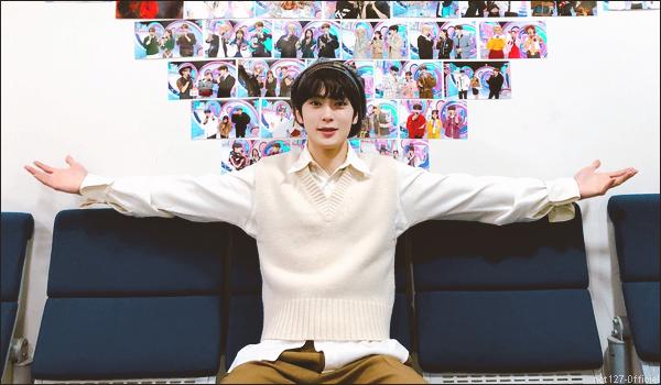 """.28/02/21. Jaehyun a animé son dernier show de """"Inkigayo"""", avant de faire des adieux émouvant Il était MC avec Minhyuk (Monsta X) et Naeun (April) depuis le 20 octobre 2019"""