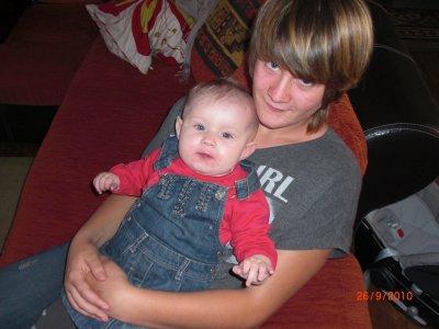Petite photo avec tata Adeline
