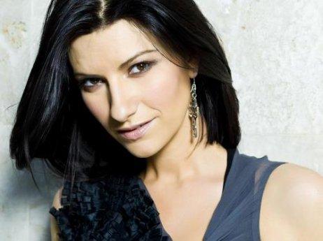 Laura Pausini ! y'a rien à dire les Brunes sont les meilleures :-)))