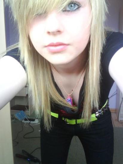 just a wonderful girl <3