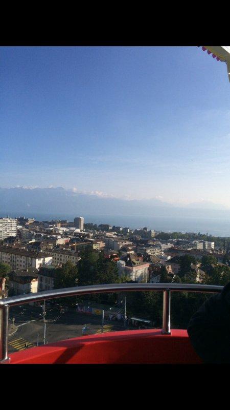 Vue sur le lac Léman depuis Lausanne