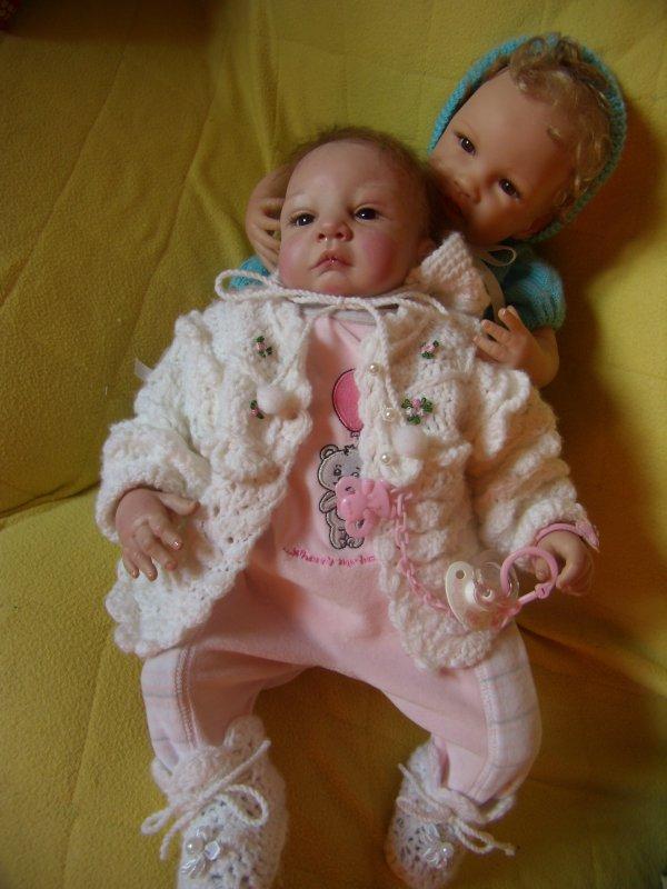 Béa fait du baby-sitting