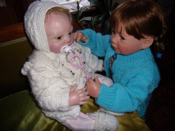 Anett console Olivia