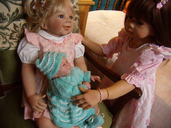 Bea confie Mickie à Mélanie