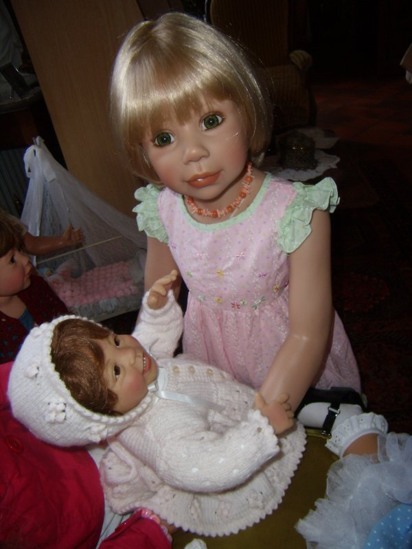 Marietta fière d'être la grande soeur...