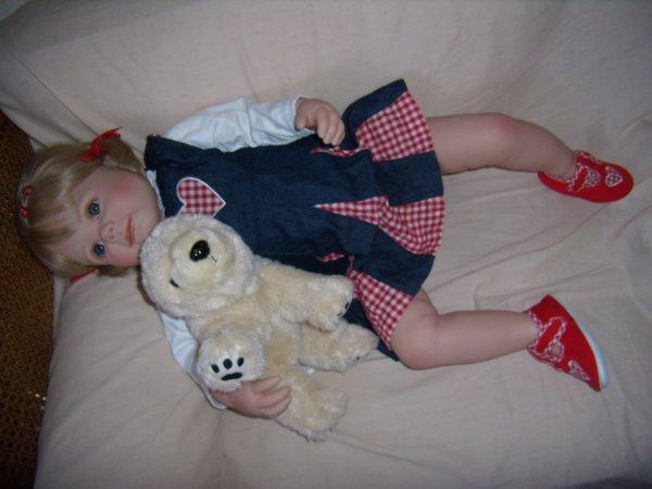 Joanna a reçu un ours blanc