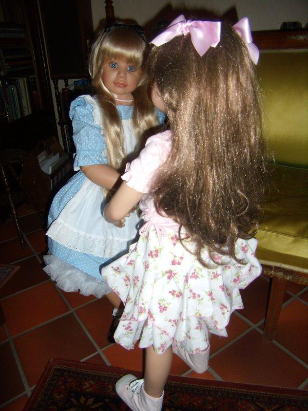 Pour Mélodie:arrivée de sa nouvelle poupée