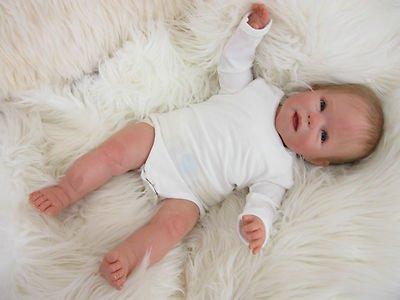 Nouveau bébé trouvé sur Ebay.de
