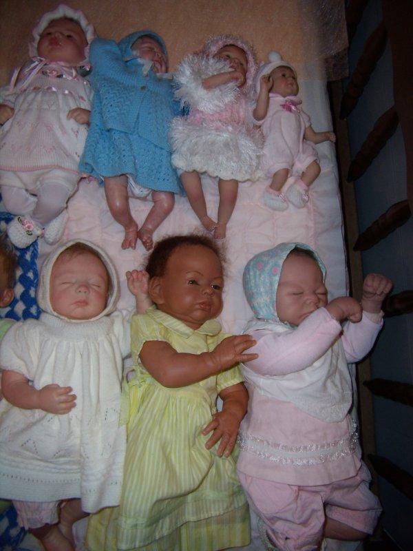 Toute la famille desbébés  reborns