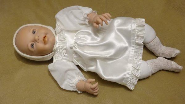 Robes de poupée neuves à vendre 8¤ l'une