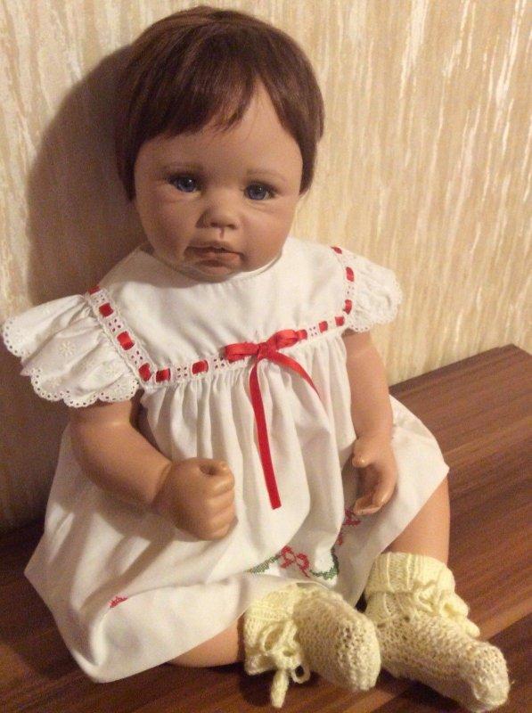 ARRIVÉE PROCHAINE Bébé de Monika Levenig
