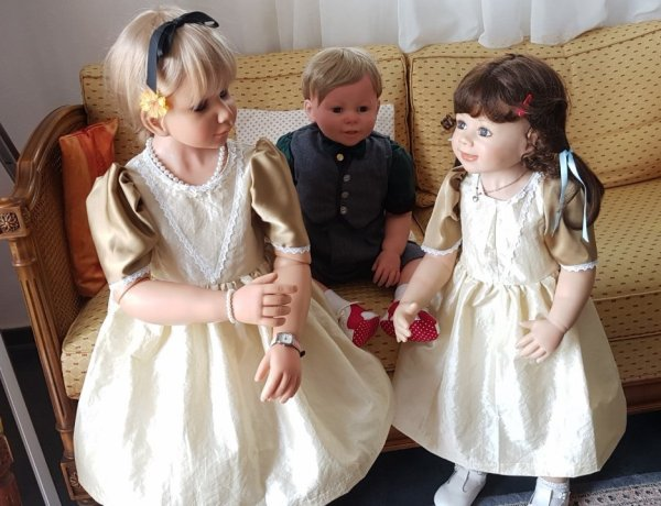 Robes commandées par une collectionneuse d'Allemagne