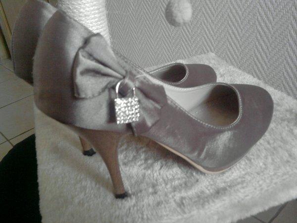 Magnifiques chaussures à talon Taille 36