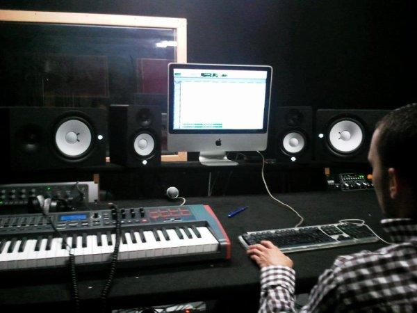 STUDIO COM D PRO RECORDZ