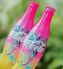 le coca cola haut en couleur