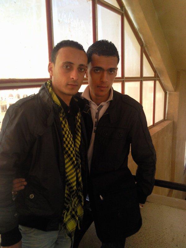 moi et mon ami fariiiiiid a l'université