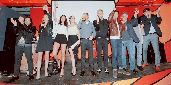 """Revenge"" Season 2 Wrap Party  La cast a fêté la fin du tournage de la saison 2"