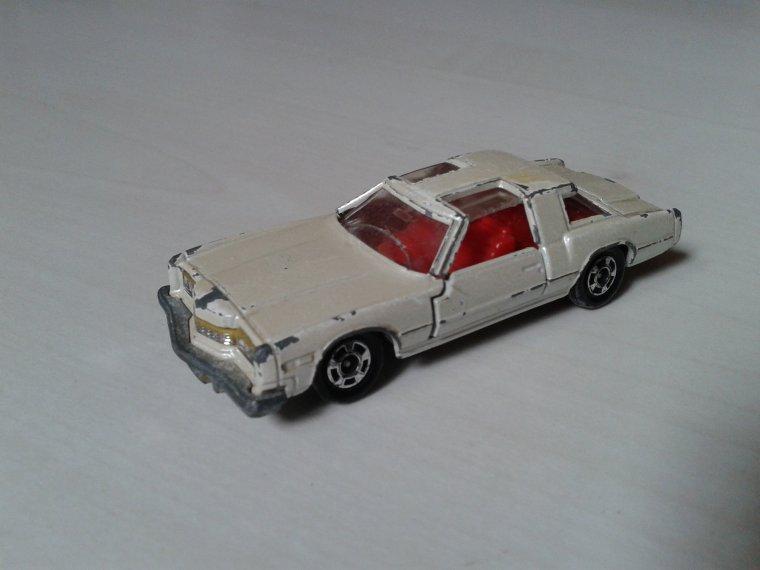 tomica oldsmobile toronado xsr 1978