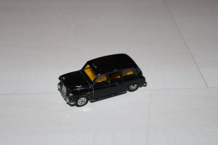corgi taxi