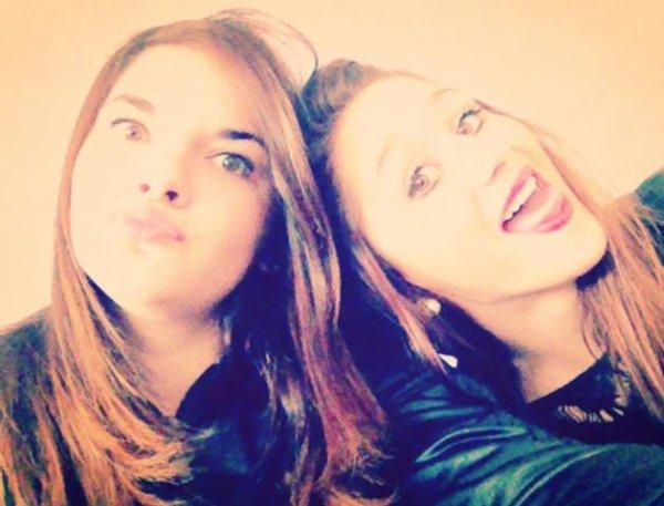 Moi et une amie :) =
