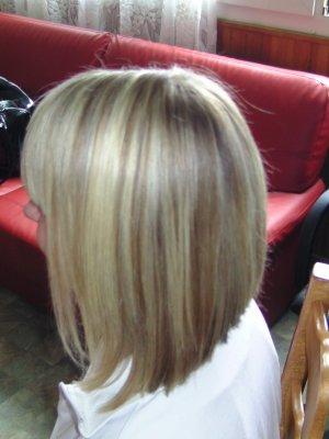 Carre Plongeant Long Meches Blondes Marie Coiffure Amiens