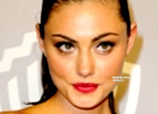 ▪ ▪ Golden Globes After Arty Phoebe Tonkin