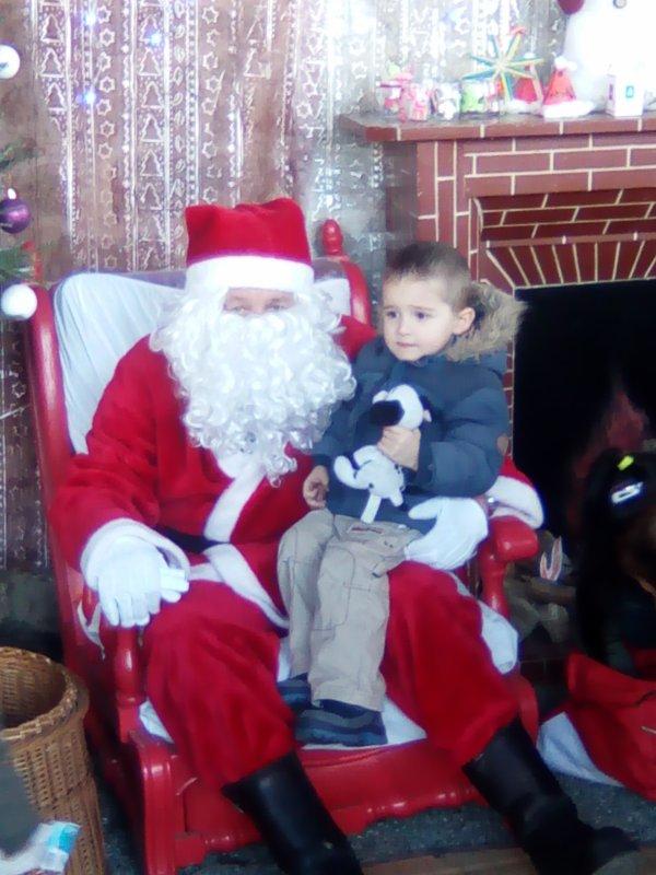 Père Noël de Lanester avec Nino