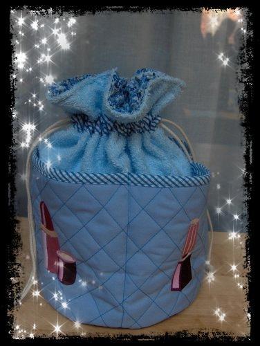 Trousse bleu