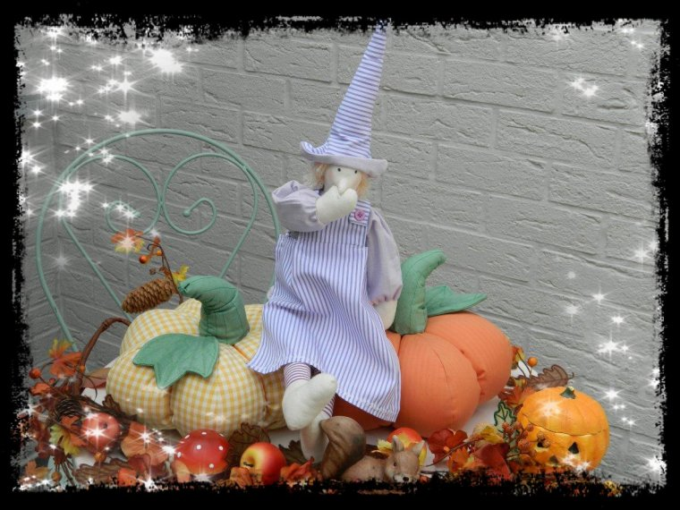 Bientôt Halloween....Citrouilles et Épouvantail  sont de retour