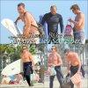 Simon Baker a été vue entrain de surfé à Santa Monica avec sont ami Liev Schreiber le 13/03/12