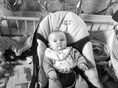 Je vie un pur moment damoure de bébé ak ma Filleule .