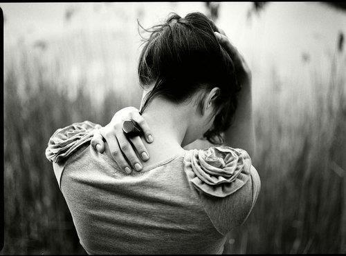 Le temps file, le temps n'attend personne. Le temps guérit toutes les blessures. Tous autant que nous sommes nous voulons plus de temps. Du temps pour se relever, du temps pour grandir, du temps pour lâcher prise. Du temps. [Grey's Anatomy]
