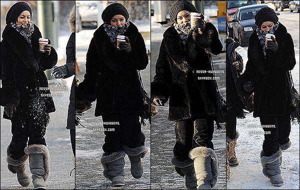 .  17/11/11 - Miss Nessa sa mère Gina et sa soeur Stella ont été déjeuner au Snow City Café  à  Anchorage ! .