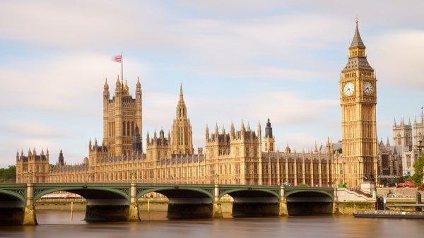 La tour horloge du Palais de Westminster à Londres, en Angleterre