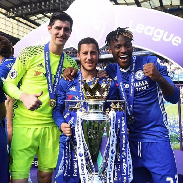 Chelsea remporte la Premier League 2017