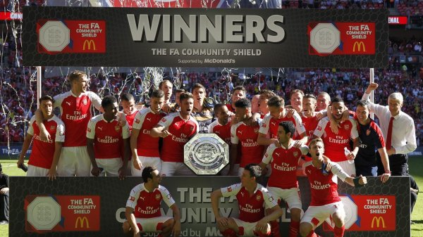 Arsenal remporte le Community Shield 2017