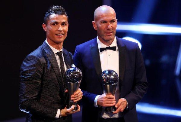 Et le Meilleur joueur FIFA de l'année 2016/2017 est ...