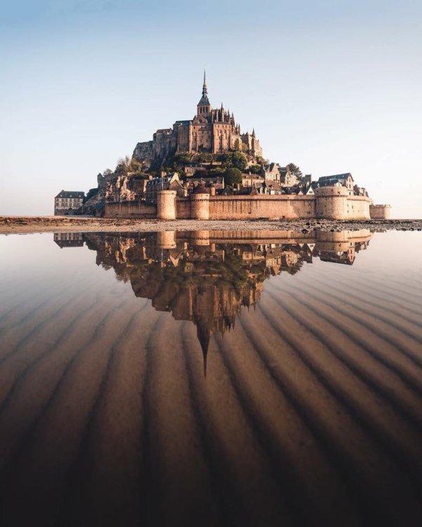 Le Mont-Saint-Michel (France)